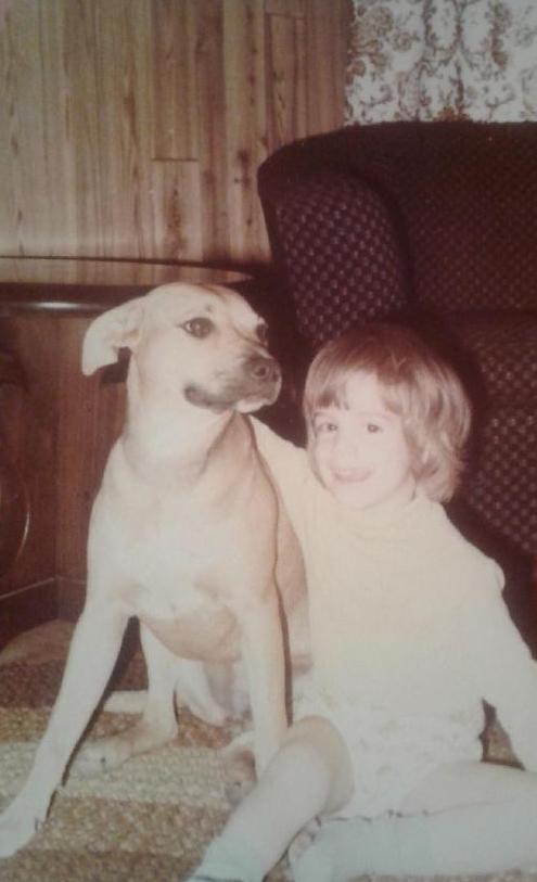 Portrait du Dr. Bruno Ouimet et son chien lorsqu'il était enfant. Clinique vétérinaire Lachine